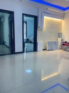 3室2厅1卫116m²豪华装修