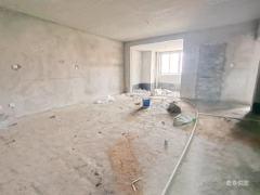 东方逸品花苑高层毛坯大两室可改三室前面无遮挡有钥匙随时看房