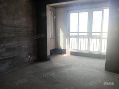 江山春晓电梯观景房梅香街小学旁三室两厅毛坯随意装修