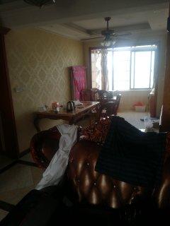 (主城区)颐景华庭5室2厅2卫197m²精装修