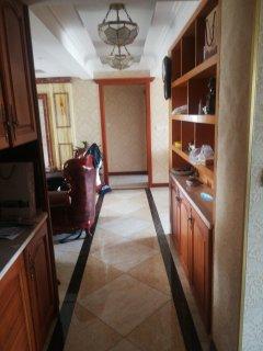 (主城区)颐景华庭5室4厅2卫197m²豪华装修