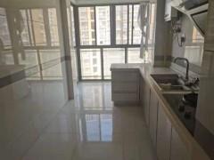 (主城区)金田·湖畔春天2室2厅1卫107m²精装修