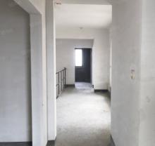 恒力水木清华5室3厅3卫250m²毛坯房