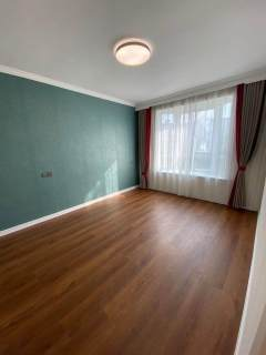 项王小区3室2厅豪华装修 一次未住 诚心出售