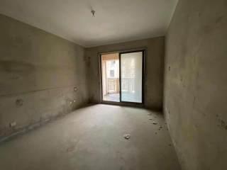 急售运河天玺 品质多层洋房四室两厅 户型通透 诚心出售
