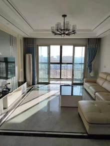 尚阳城4室精装修品牌家具未用