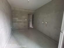 (主城区)幸福学府3室2厅1卫118m²毛坯房