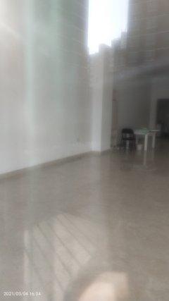 华辉新城纯一楼商铺出租好停车