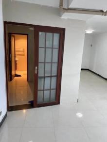 (主城区)金柏年财富广场2室1厅1卫150万78.5m²简单装修出售