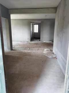 (主城区)嘉汇御景园4室2厅2卫150万144.8m²毛坯房出售