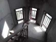 (宿豫区)钻石公寓5室3厅4卫555万317.8m²毛坯房出售