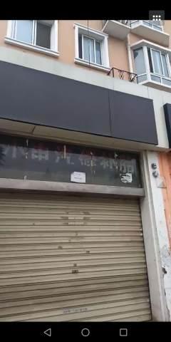 项王小区二期北门F-15临街商铺
